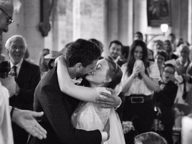 Le mariage de Pierre-Antoine et Delphine à Bégadan, Gironde 5