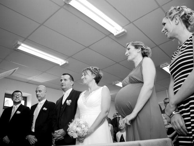 Le mariage de Alexis et Nathalie à Sayat, Puy-de-Dôme 14
