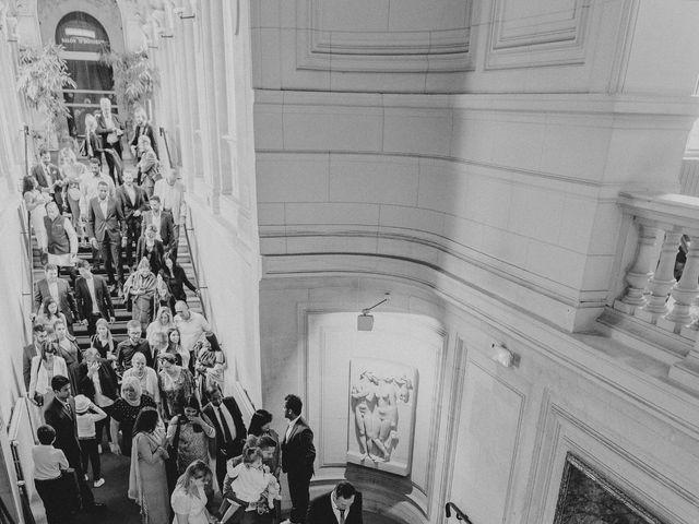 Le mariage de Shafinuz et Justine à Paris, Paris 12