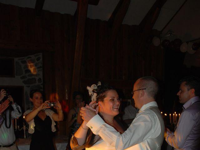 Le mariage de Damien et Nelly à Queyrières, Haute-Loire 10