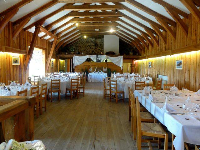 Le mariage de Damien et Nelly à Queyrières, Haute-Loire 12