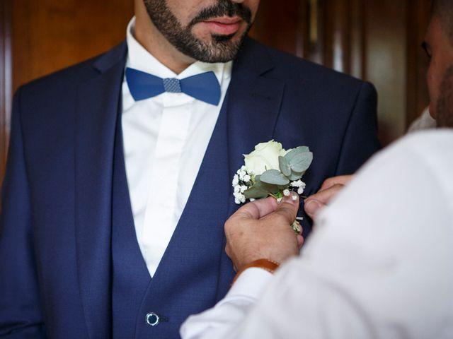 Le mariage de Jean-Christophe et Estelle à Saint-Laurent-d'Oingt, Rhône 11
