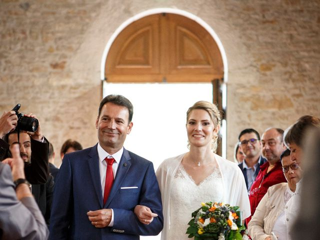 Le mariage de Jean-Christophe et Estelle à Saint-Laurent-d'Oingt, Rhône 22