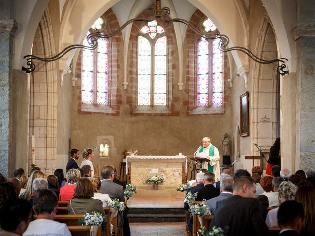 Le mariage de Jean-Christophe et Estelle à Saint-Laurent-d'Oingt, Rhône 25