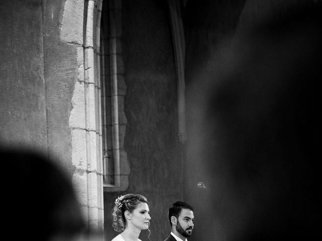 Le mariage de Jean-Christophe et Estelle à Saint-Laurent-d'Oingt, Rhône 26