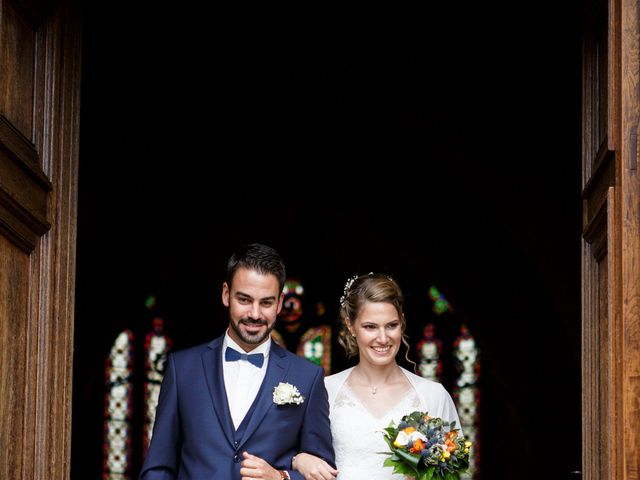 Le mariage de Jean-Christophe et Estelle à Saint-Laurent-d'Oingt, Rhône 28
