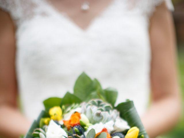 Le mariage de Jean-Christophe et Estelle à Saint-Laurent-d'Oingt, Rhône 42