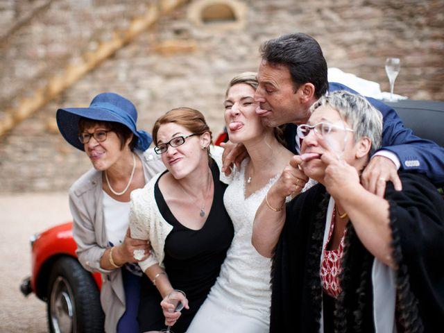 Le mariage de Jean-Christophe et Estelle à Saint-Laurent-d'Oingt, Rhône 64