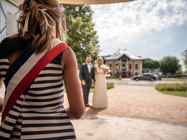 Le mariage de Frederique et Christelle à Le Barp, Gironde 1