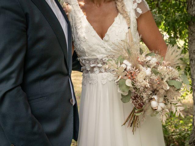 Le mariage de Frederique et Christelle à Le Barp, Gironde 9