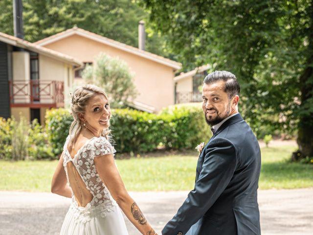 Le mariage de Frederique et Christelle à Le Barp, Gironde 12