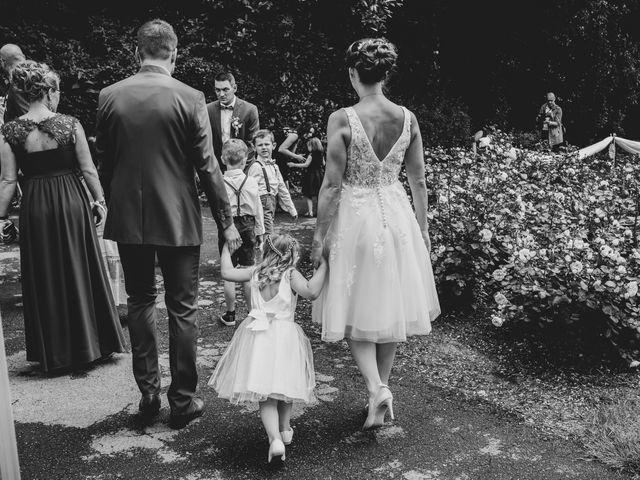 Le mariage de Olivier et Nena à Naours, Somme 17