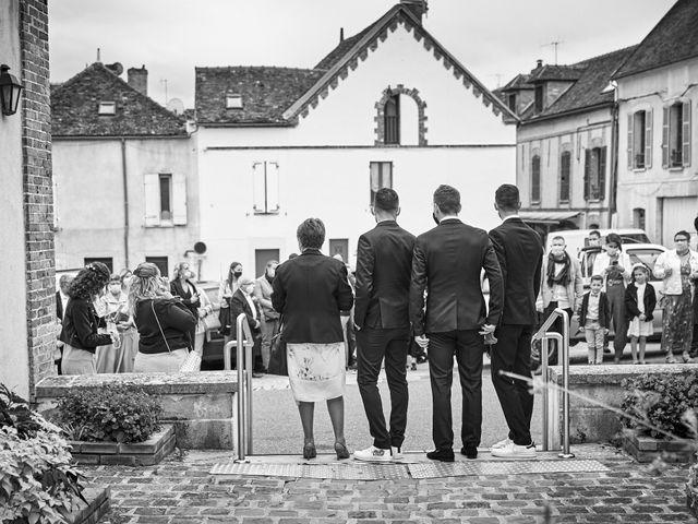 Le mariage de Geoffrey et Xavier à Pont-sur-Yonne, Yonne 23