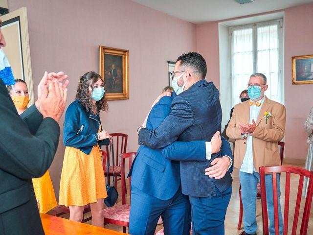 Le mariage de Geoffrey et Xavier à Pont-sur-Yonne, Yonne 28