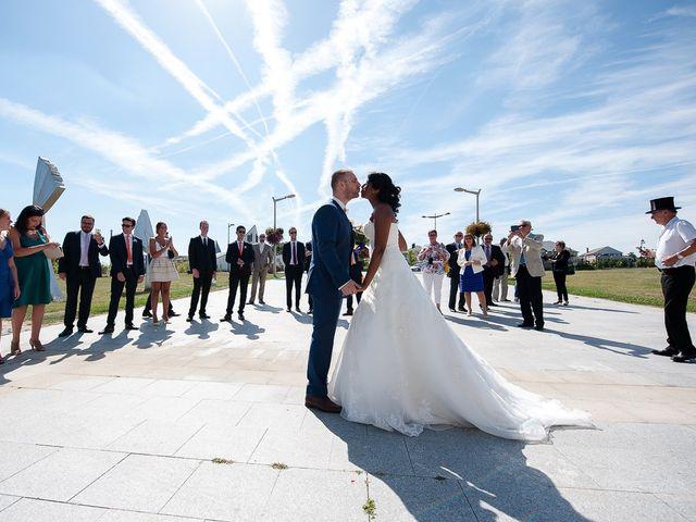 Le mariage de Antony et Sophie à Saint-Pierre-du-Perray, Essonne 30