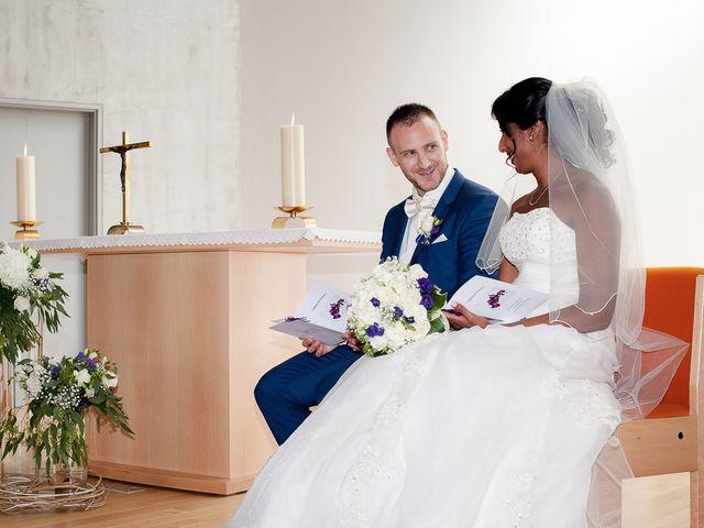 Le mariage de Antony et Sophie à Saint-Pierre-du-Perray, Essonne 47
