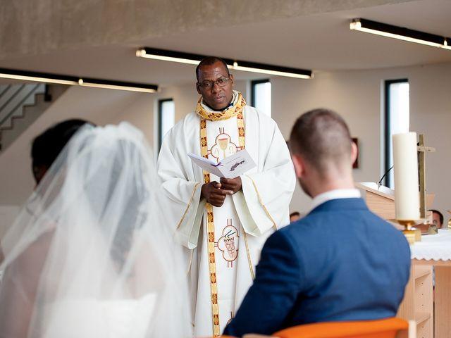Le mariage de Antony et Sophie à Saint-Pierre-du-Perray, Essonne 49