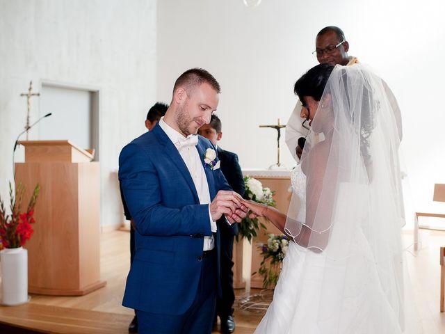 Le mariage de Antony et Sophie à Saint-Pierre-du-Perray, Essonne 50