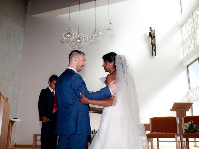 Le mariage de Antony et Sophie à Saint-Pierre-du-Perray, Essonne 51