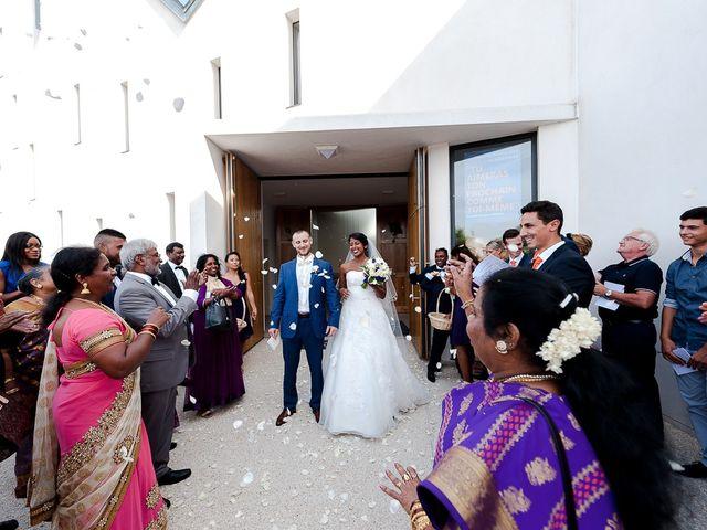 Le mariage de Antony et Sophie à Saint-Pierre-du-Perray, Essonne 56