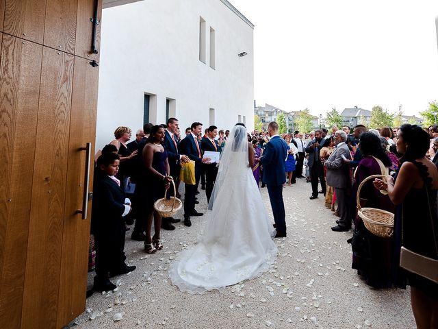 Le mariage de Antony et Sophie à Saint-Pierre-du-Perray, Essonne 57