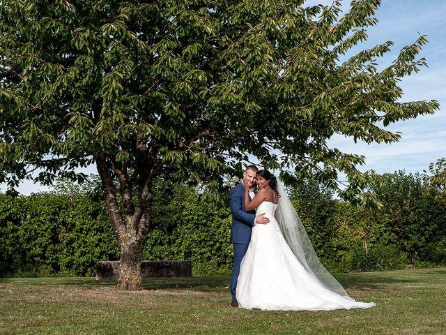 Le mariage de Antony et Sophie à Saint-Pierre-du-Perray, Essonne 74
