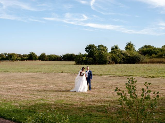 Le mariage de Antony et Sophie à Saint-Pierre-du-Perray, Essonne 75