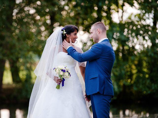 Le mariage de Antony et Sophie à Saint-Pierre-du-Perray, Essonne 77