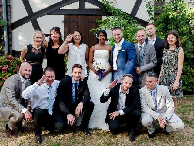 Le mariage de Antony et Sophie à Saint-Pierre-du-Perray, Essonne 84