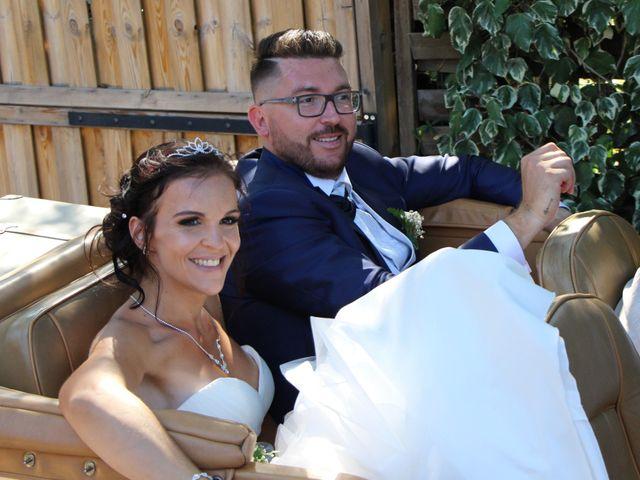 Le mariage de Fabien et Mia à Fréjus, Var 10