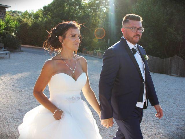 Le mariage de Fabien et Mia à Fréjus, Var 14