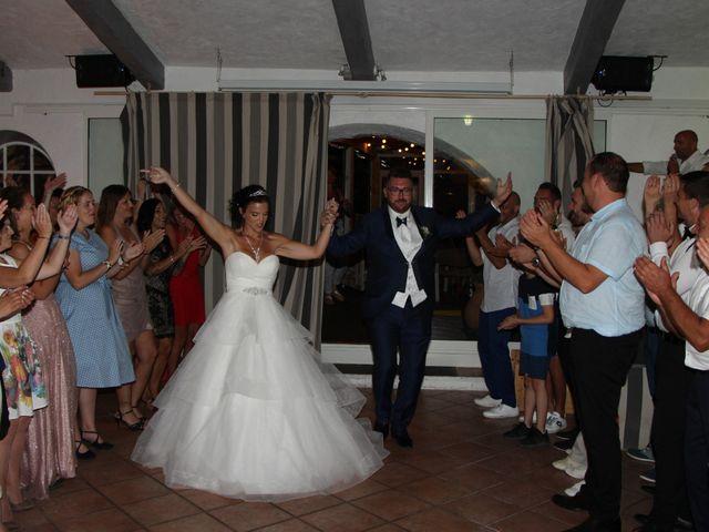 Le mariage de Fabien et Mia à Fréjus, Var 24