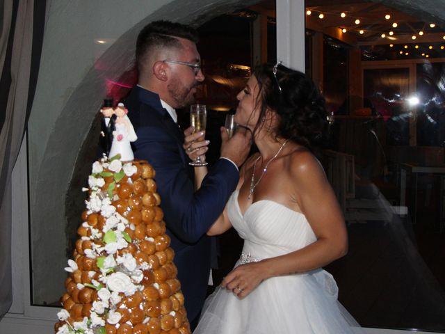 Le mariage de Fabien et Mia à Fréjus, Var 32