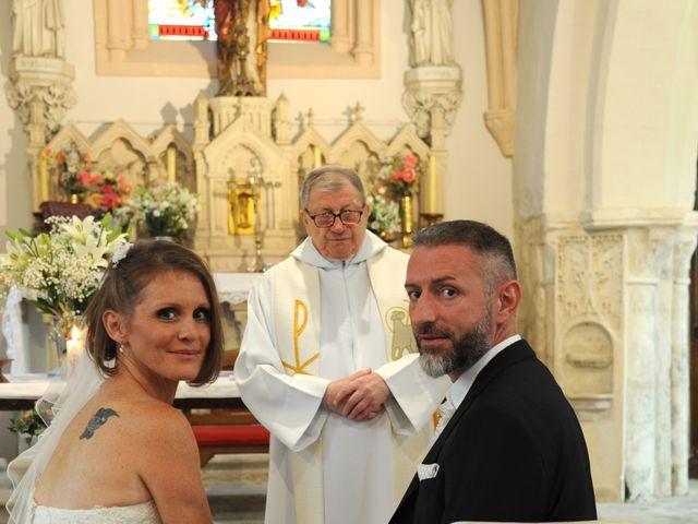 Le mariage de Eric et Sandrine à Bolleville, Seine-Maritime 14