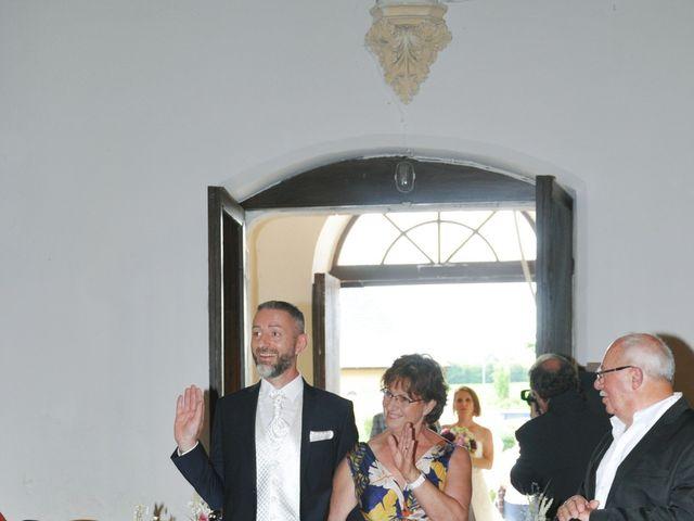 Le mariage de Eric et Sandrine à Bolleville, Seine-Maritime 23
