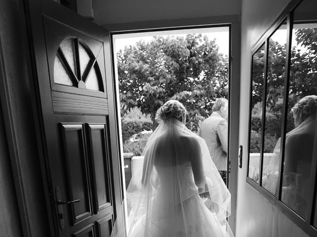 Le mariage de Thomas et Hélène à Montroy, Charente Maritime 17