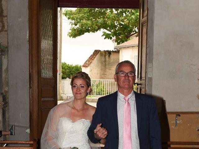 Le mariage de Thomas et Hélène à Montroy, Charente Maritime 25