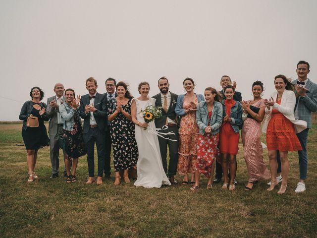 Le mariage de Alexis et Violette à Plouarzel, Finistère 74