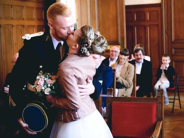 Le mariage de Axel  et Ophélie  à Estaires, Nord 1