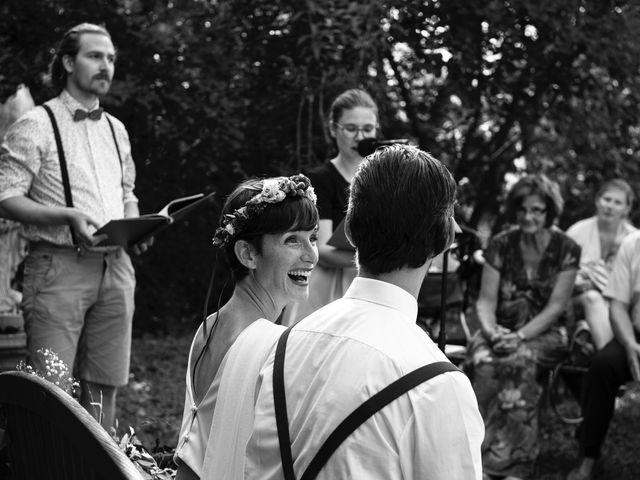 Le mariage de Marco et Emilie à Mirabel-et-Blacons, Drôme 23