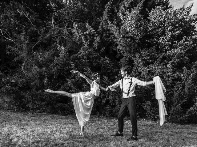 Le mariage de Marco et Emilie à Mirabel-et-Blacons, Drôme 30