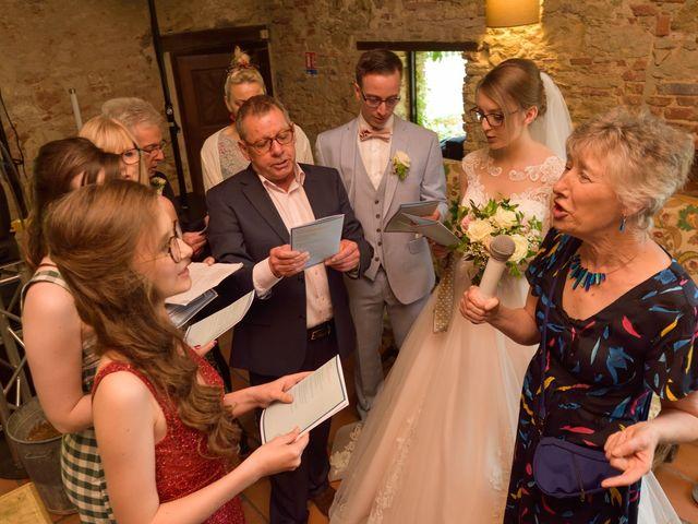 Le mariage de James et Emilia à Toulouse, Haute-Garonne 39