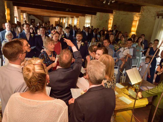 Le mariage de James et Emilia à Toulouse, Haute-Garonne 40