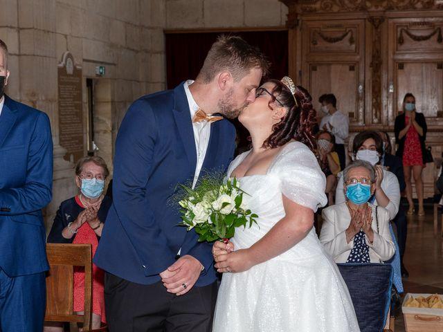 Le mariage de Anthony et Louise-Eugénie à Dole, Jura 7