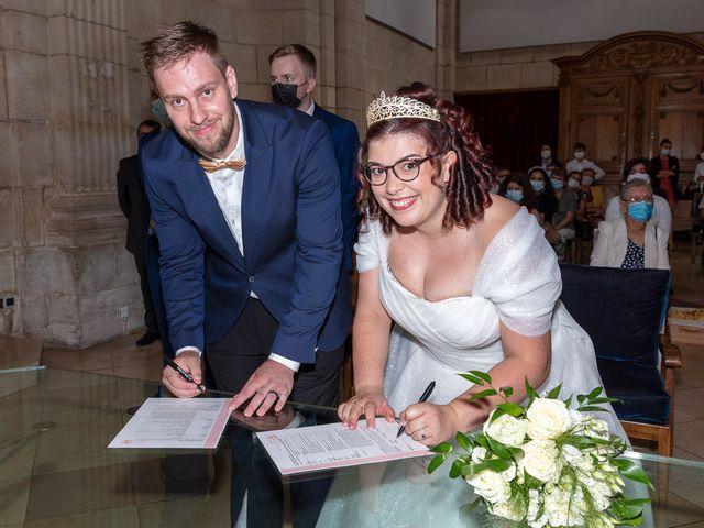 Le mariage de Anthony et Louise-Eugénie à Dole, Jura 8