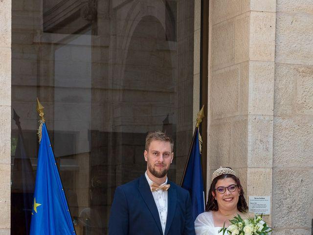 Le mariage de Anthony et Louise-Eugénie à Dole, Jura 9