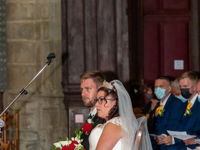 Le mariage de Anthony et Louise-Eugénie à Dole, Jura 28