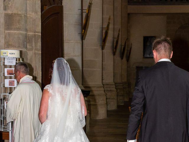 Le mariage de Anthony et Louise-Eugénie à Dole, Jura 31