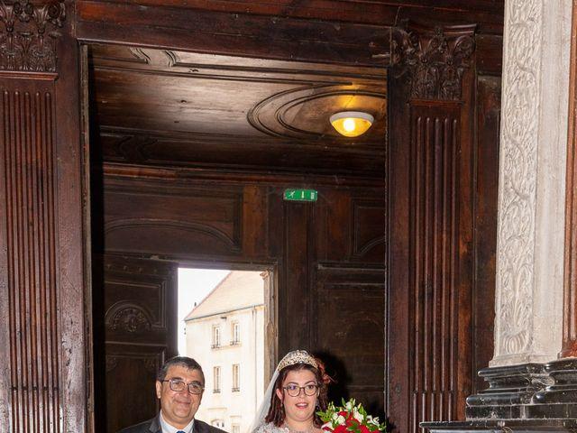 Le mariage de Anthony et Louise-Eugénie à Dole, Jura 33