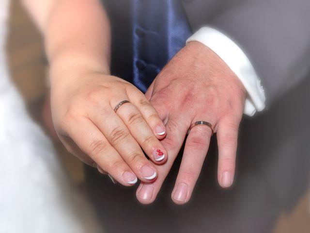 Le mariage de Anthony et Louise-Eugénie à Dole, Jura 36